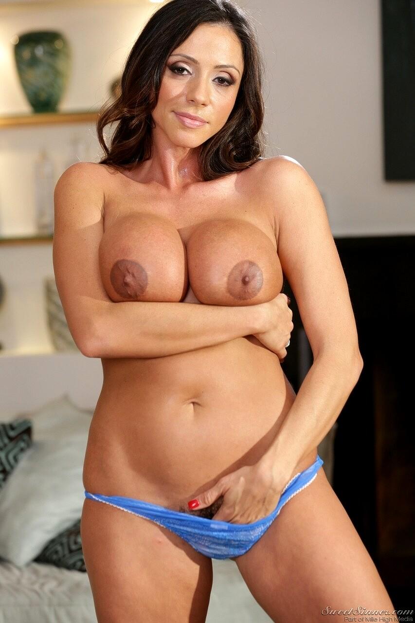 Babe Today Sweet Sinner Ariella Ferrera Kactuc Milf Nude -7693