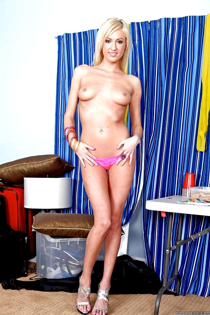 nude girl on leash