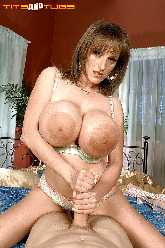 Big Boobs Cindy Cupps free videos, pictures and biography
