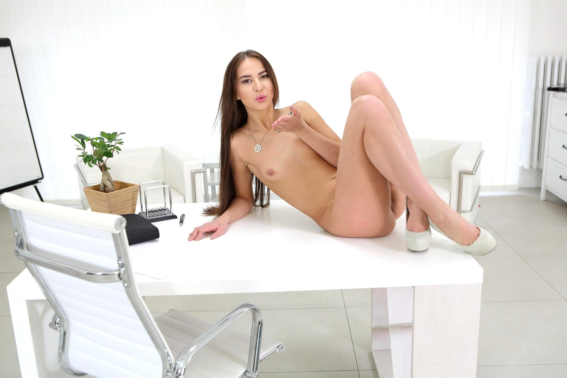 Babe Today Tmwvrnet Selena Mur Online Cute Porn Mobile ...