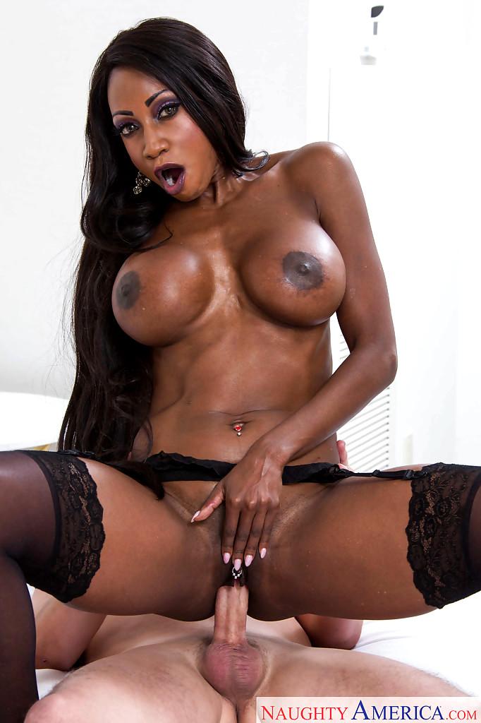 Beauty Kendra Lust Creampie