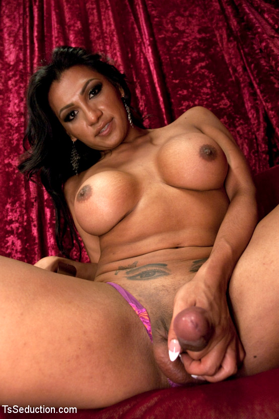 Hispanics threesomes