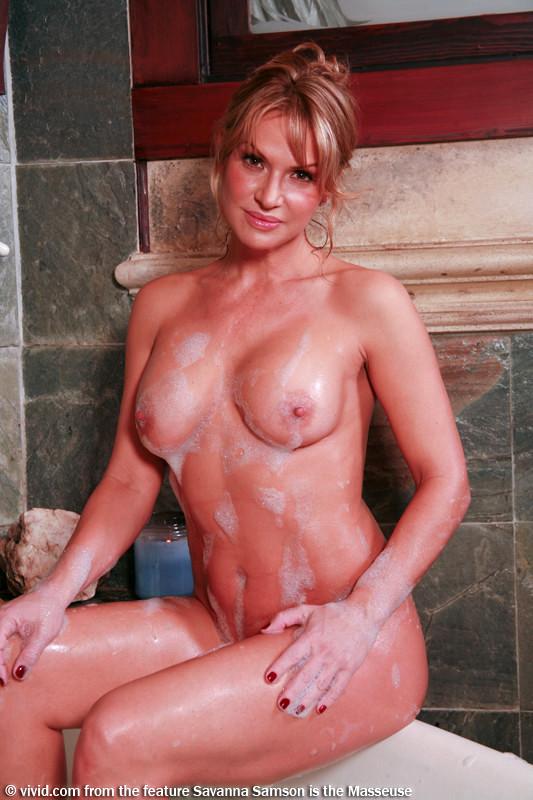 Gallery latina nude pic