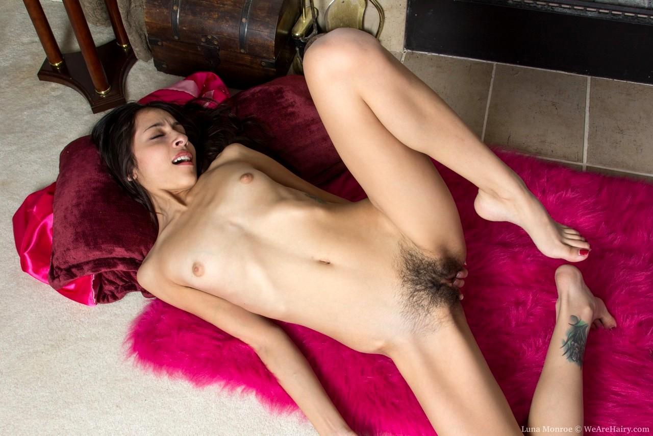 seks-hudoshavih-i-volosatih-realnaya-domashnee-porno-semka-realno
