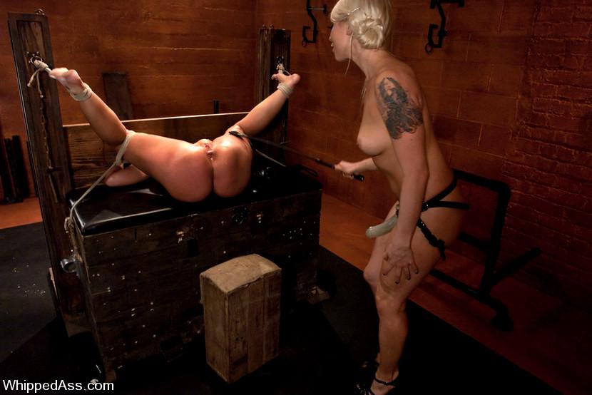 Kelly moore bondage