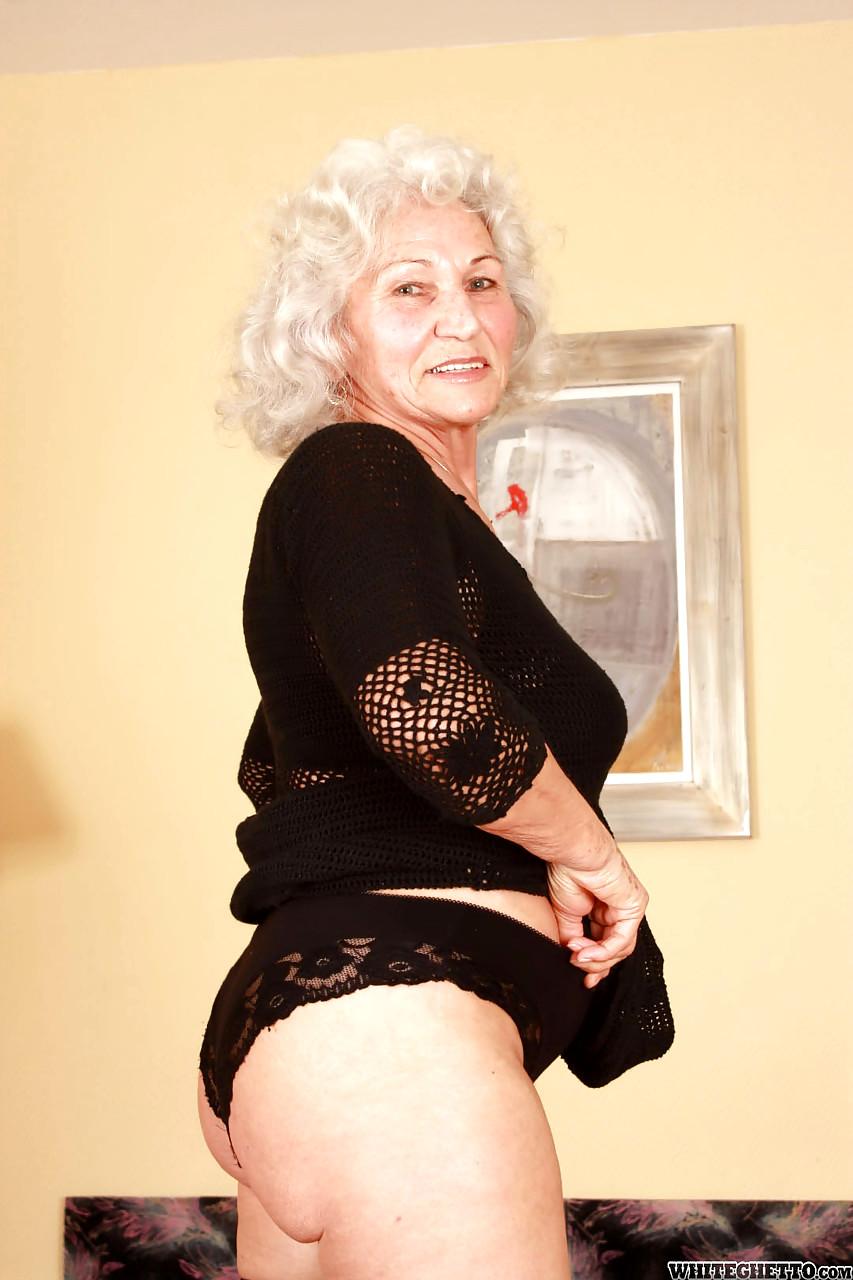 Granny pictoa Granny Porn