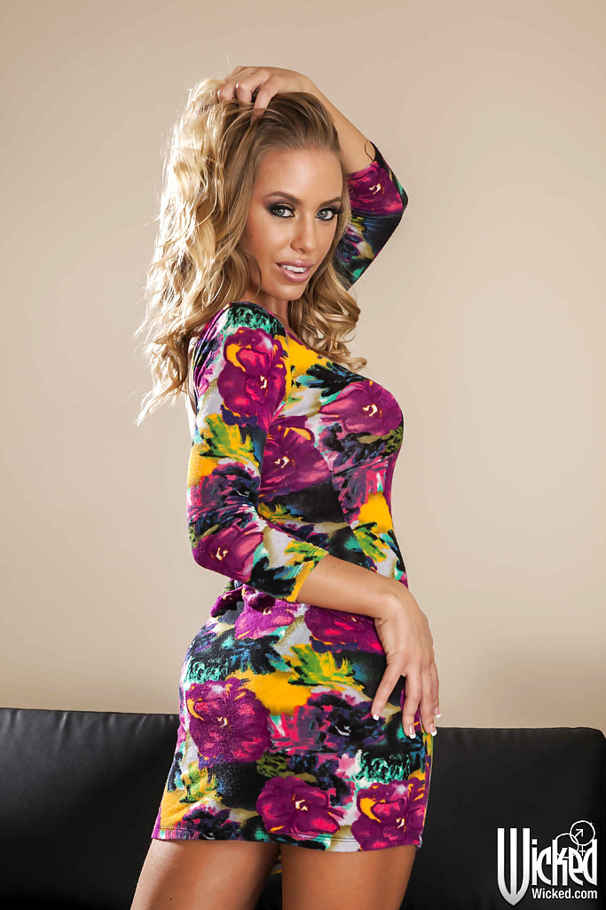 babe today wicked nicole aniston expected babe pichunter porn pics. Black Bedroom Furniture Sets. Home Design Ideas