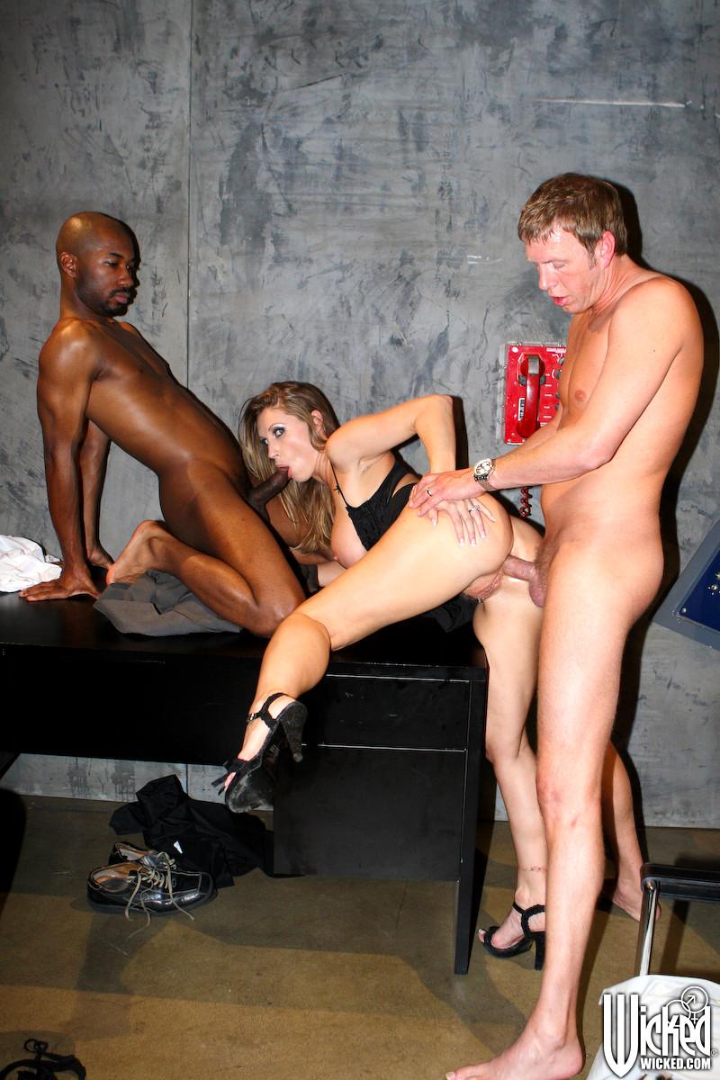 cock entering pussy porn