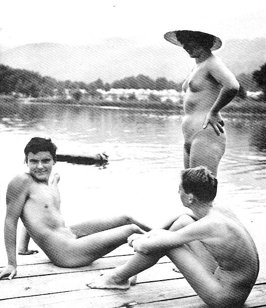 Nude women in boy shorts pics 13