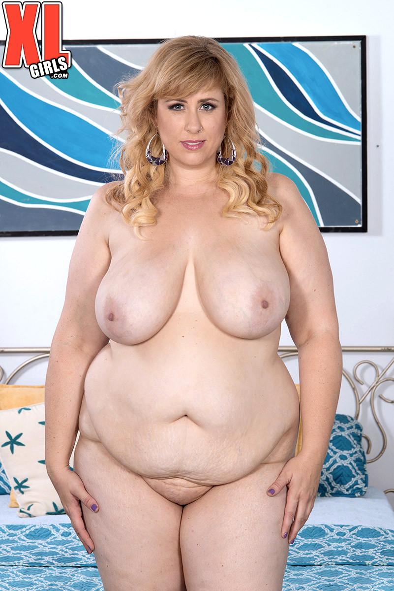 Beautiful chubby women naked
